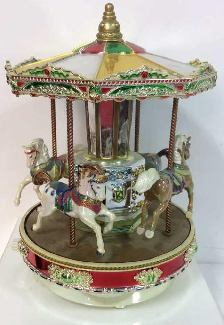 Superbe Musical Tabletop Porcelain Carousel