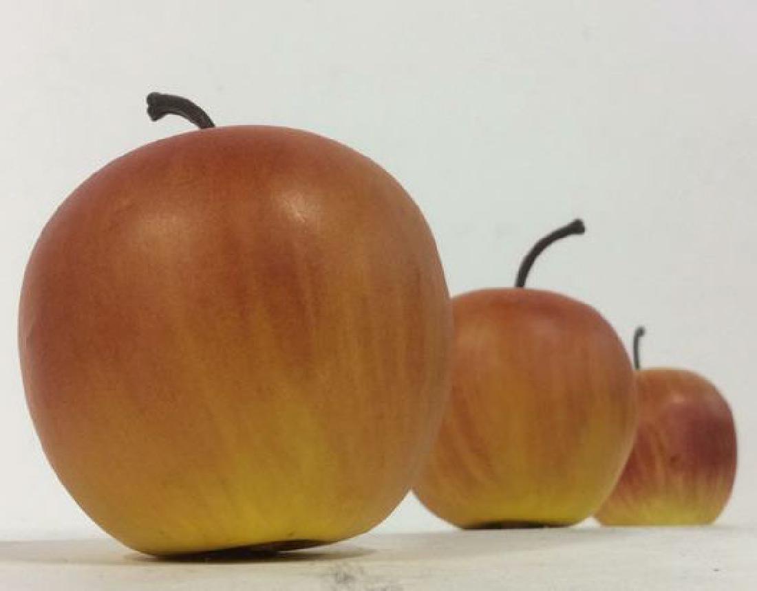 Lot 8 Faux Fruit Apples & Grapes - 3