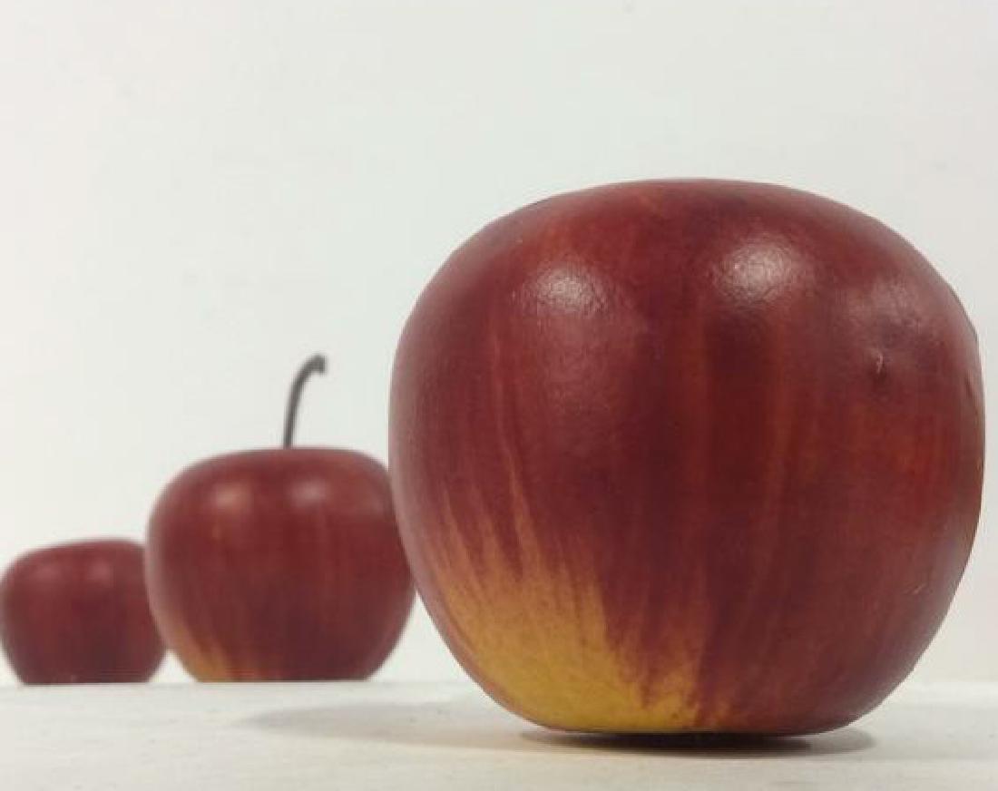 Lot 8 Faux Fruit Apples & Grapes - 4