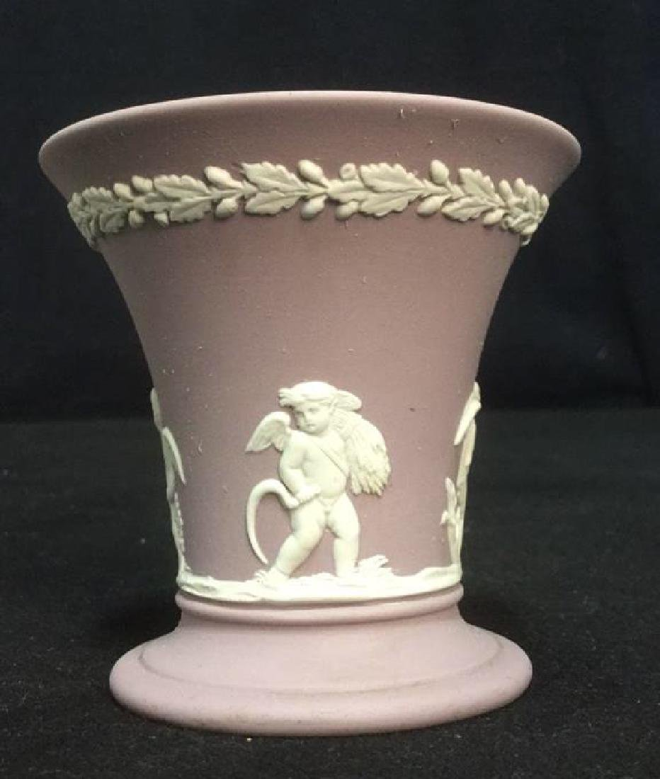 Wedgwood Jasperware Flower Vase - 5