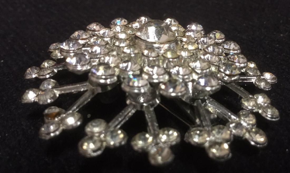 Lot 4 Estate Costume Jewelry Rhinestone Brooches - 7