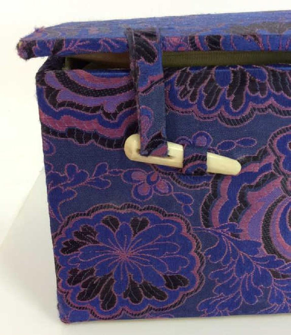 Orientalist Style Floral Embroidered Box - 3