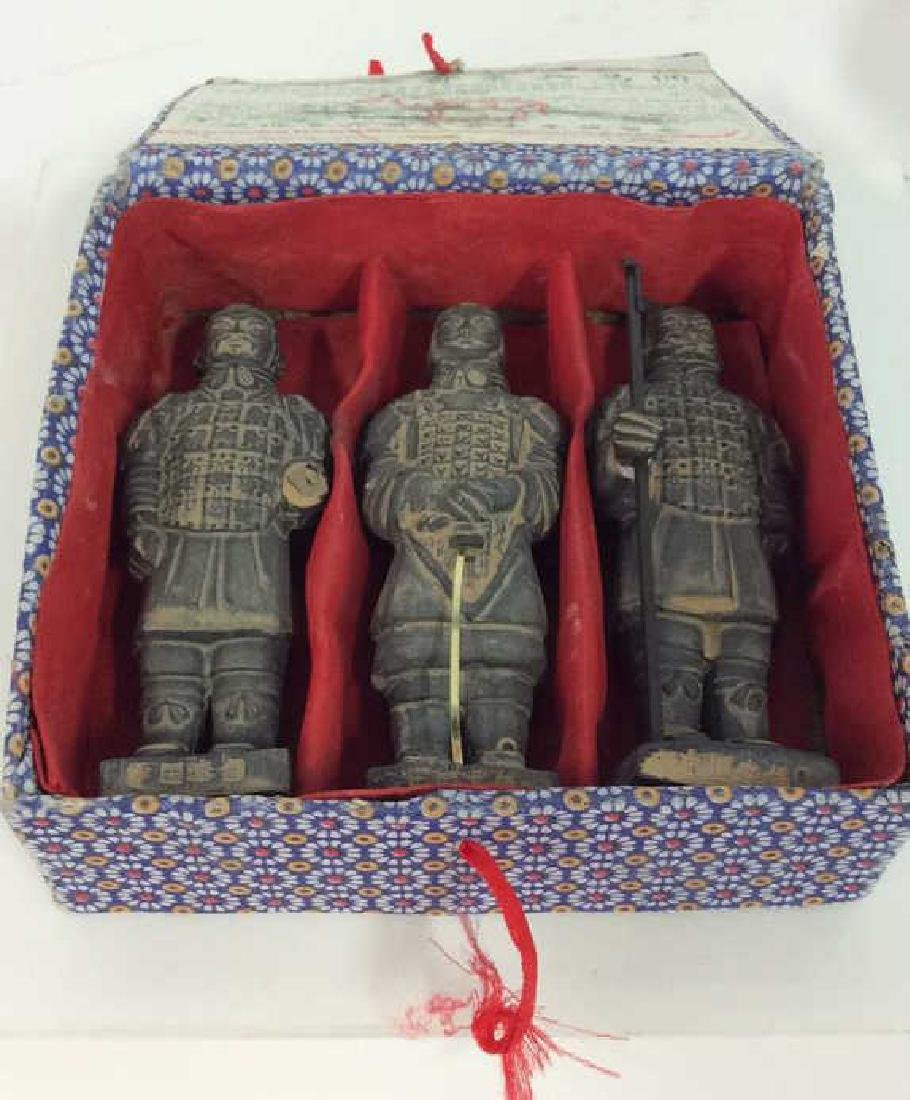Set 3 Chinese Terra Cotta Soldiers Figurines - 9
