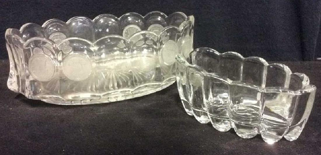Lot 2 Oval Glass Trinket Bowls