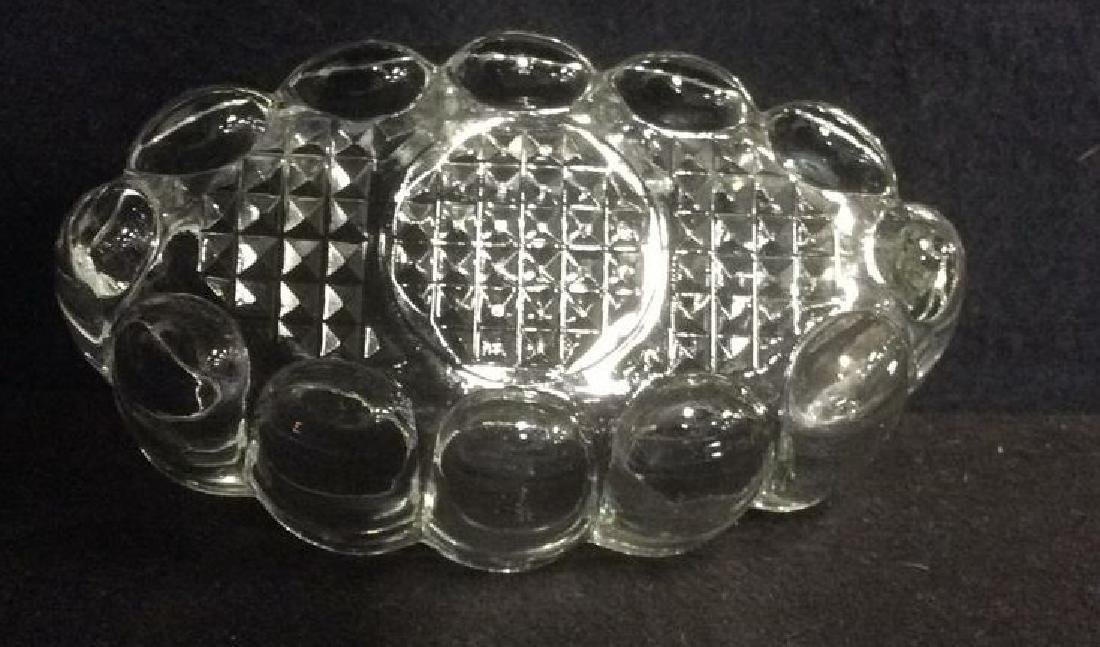 Lot 2 Oval Glass Trinket Bowls - 6