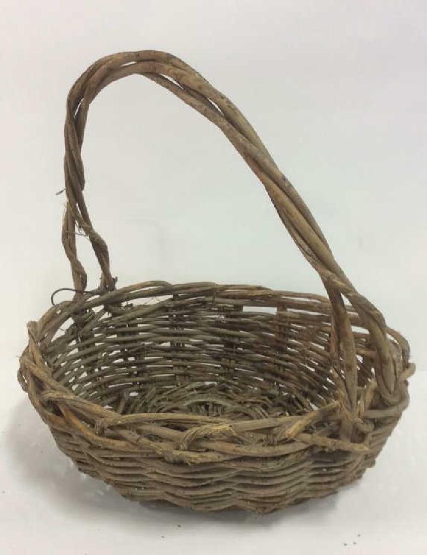 Lot 5 Wicker Baskets & More - 6