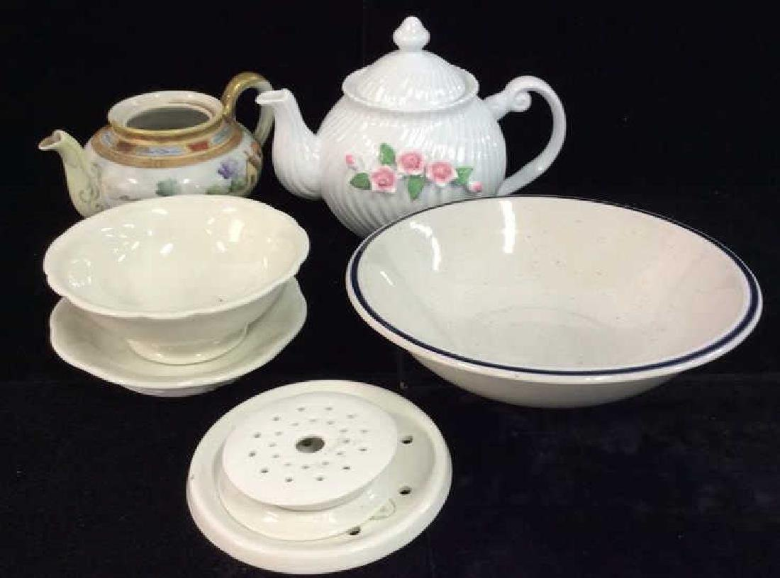 Lot 8 Assorted Porcelain Tabletop Accessories