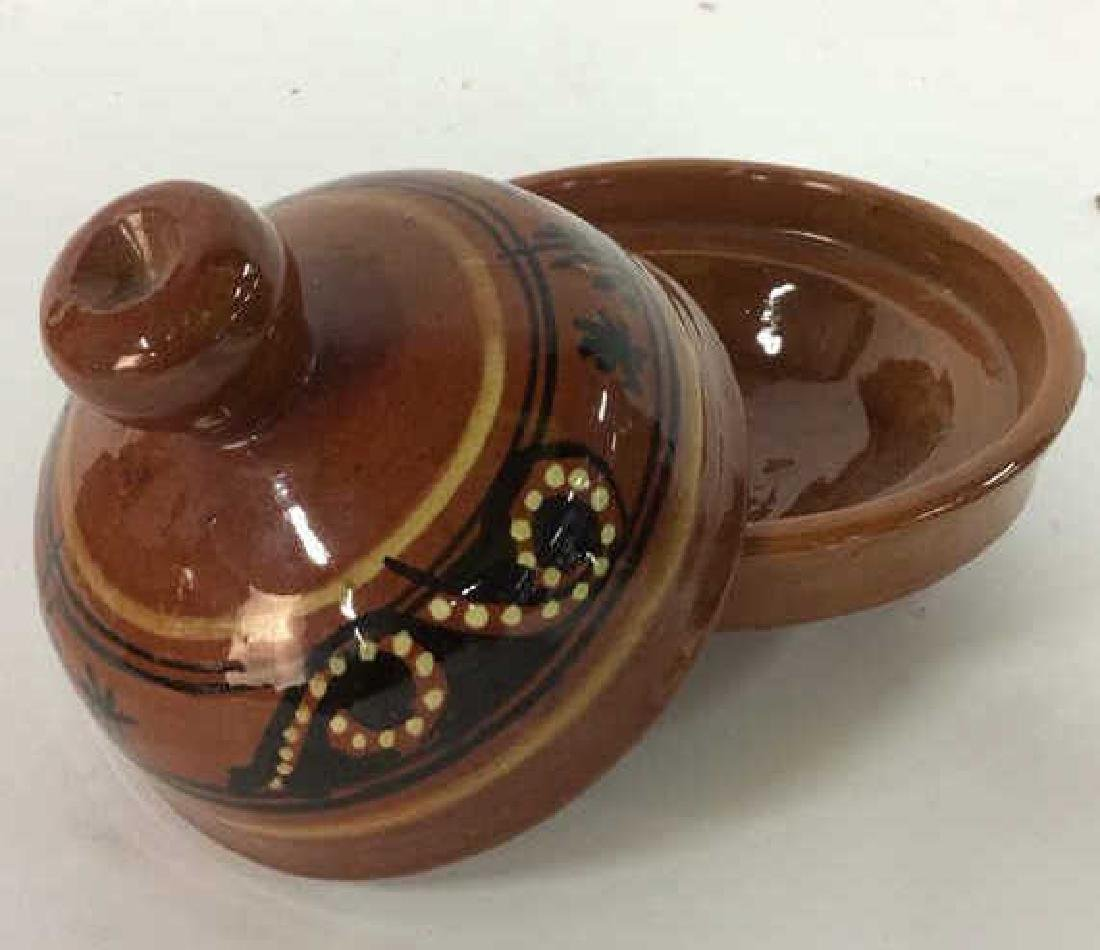 Lot 3 Assorted Tabletop Accessories - 5