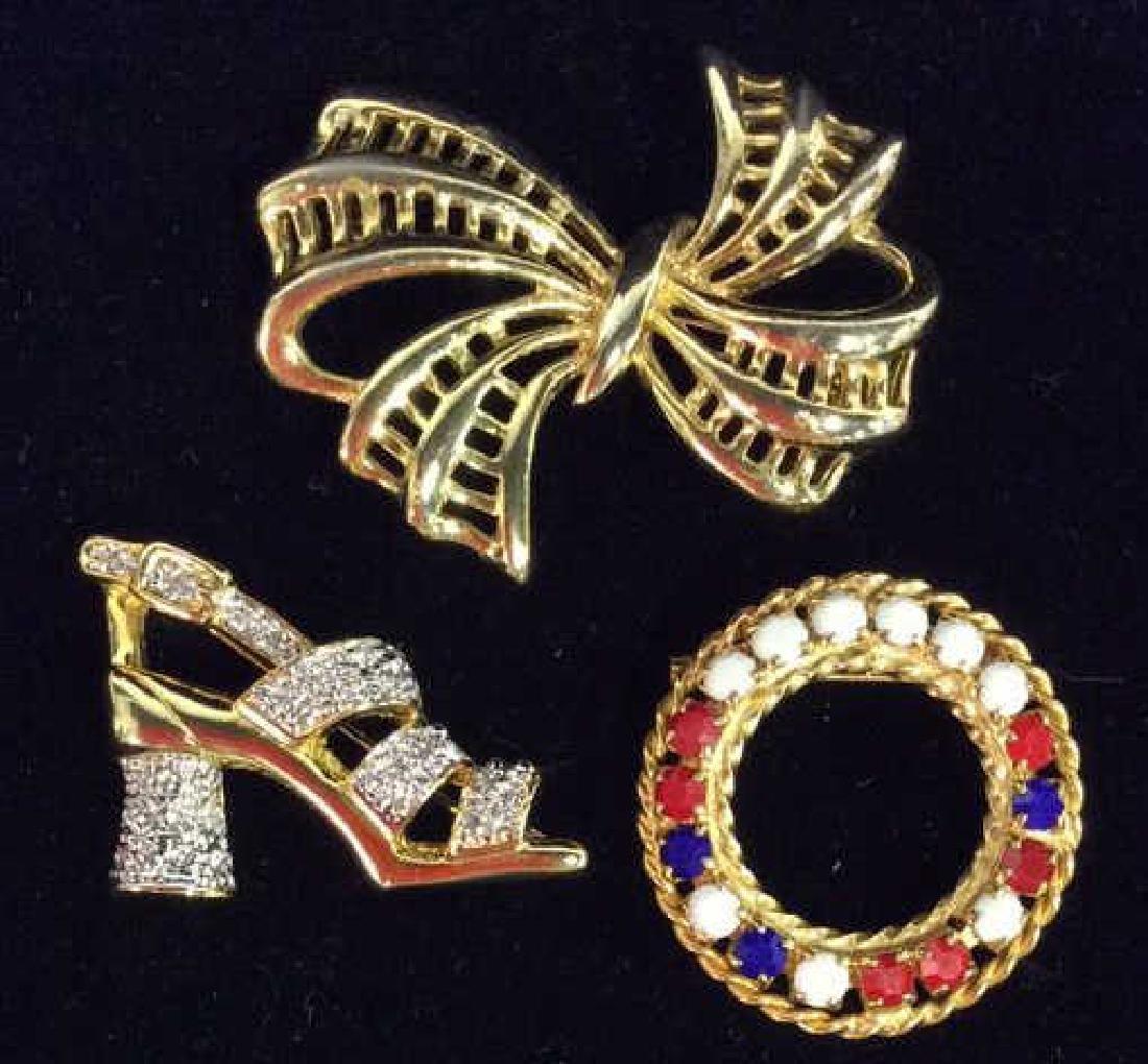 Lot 3 Gold Toned Metal Brooch Pins Jewelry