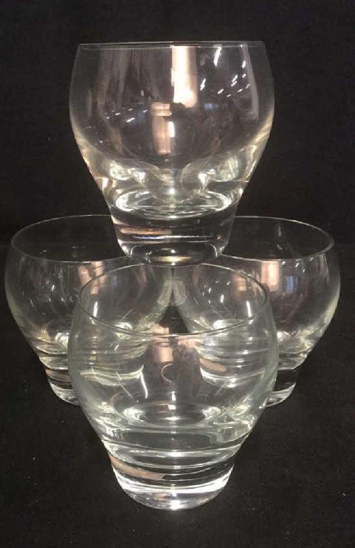 Lot 4 Beverage Glasses Barware, Table top