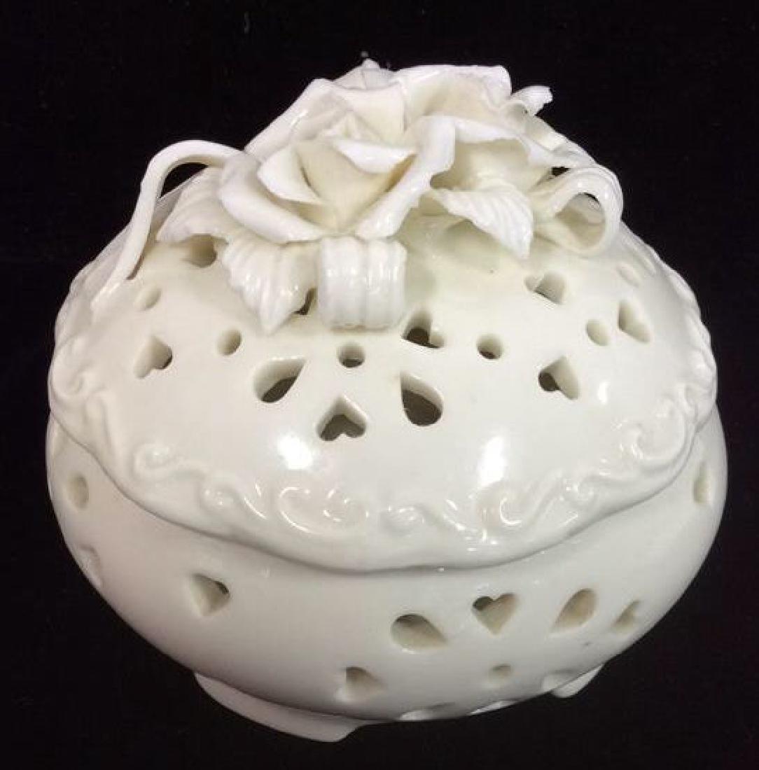 Pair Lidded Porcelain Trinket Dishes - 5