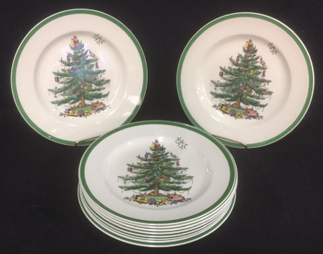 Lot 10 Spode Christmas Dinner Plates