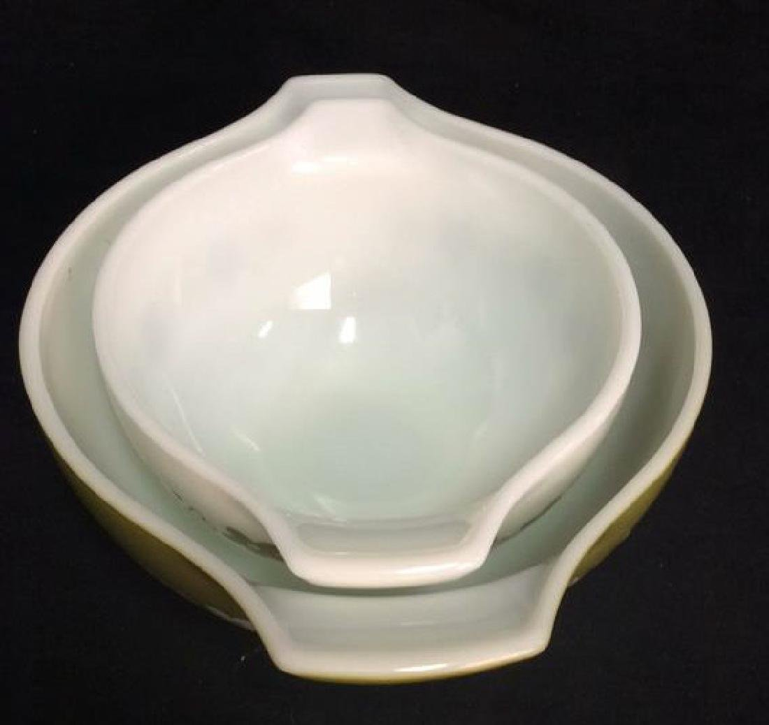 Pair Pyrex Glass Mixing Bowls - 2