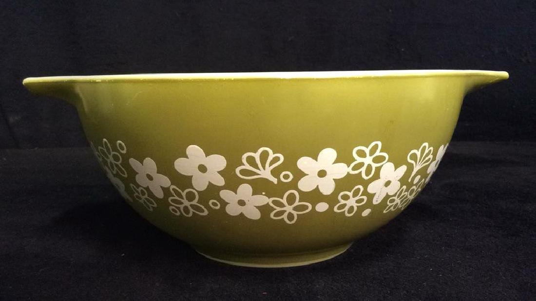 Pair Pyrex Glass Mixing Bowls - 3