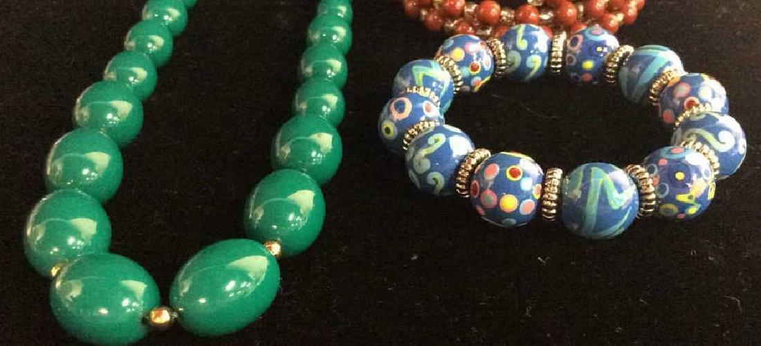 Lot 3 Women's Beaded Estate Jewelry Bracelets, Nec