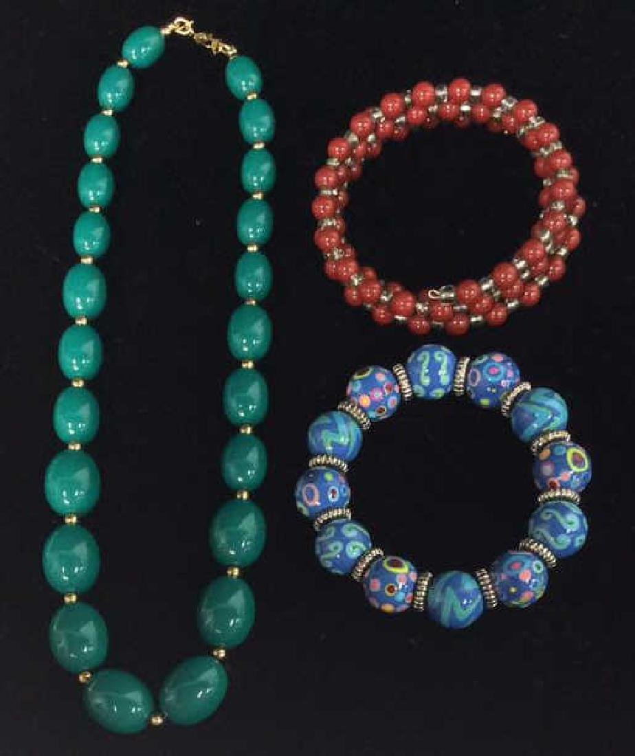 Lot 3 Women's Beaded Estate Jewelry Bracelets, Nec - 2