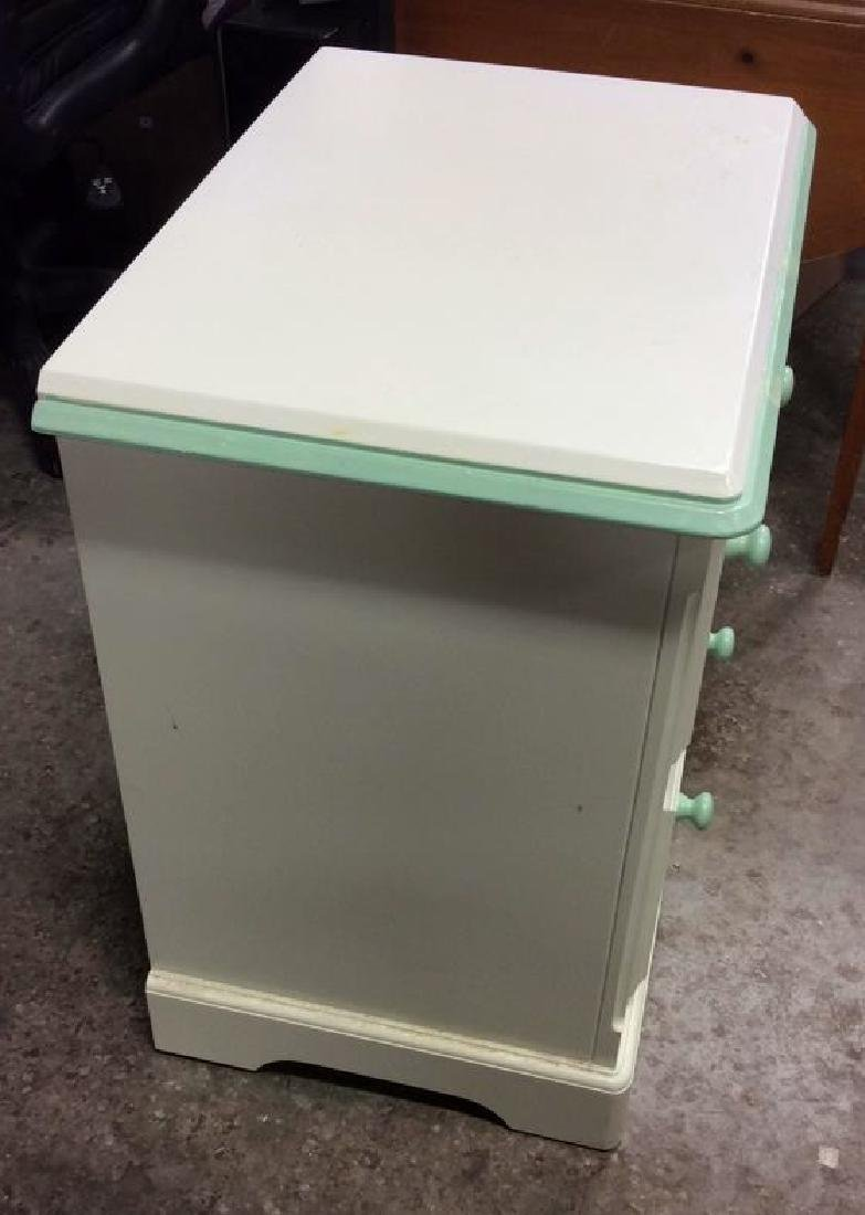 White and Green Wooden End Table W Drawers - 6