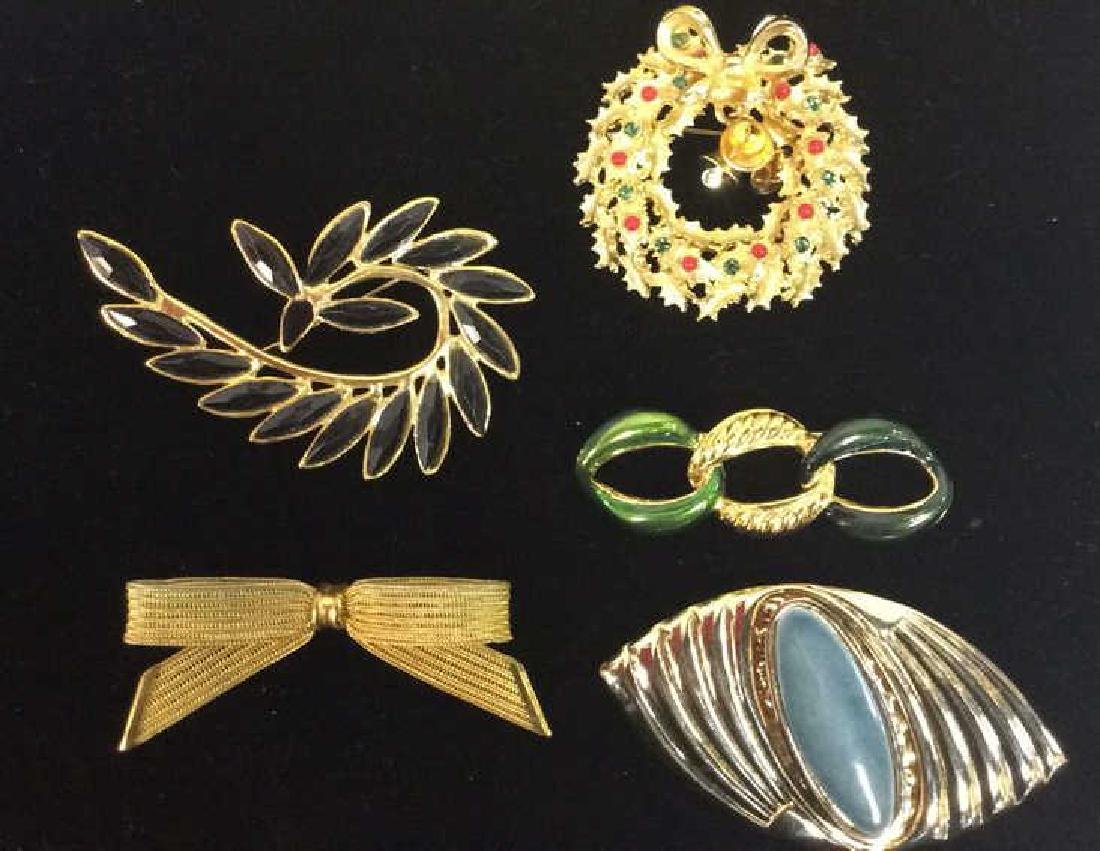 Lot 5 Assorted Gold Toned Women's Brooch Pins