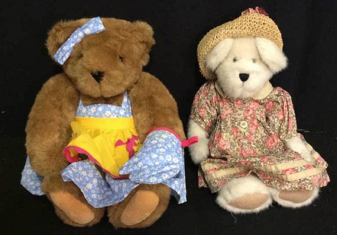 Lot 2 Collectible Teddy Bears