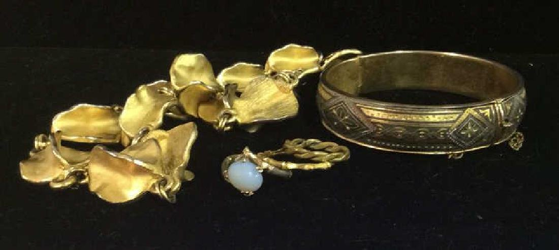 Lot 5 Assorted Costume Jewelry - 10