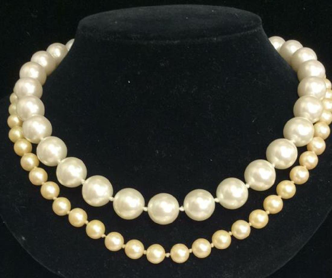 Lot 2 Faux Pearl Beaded Necklaces