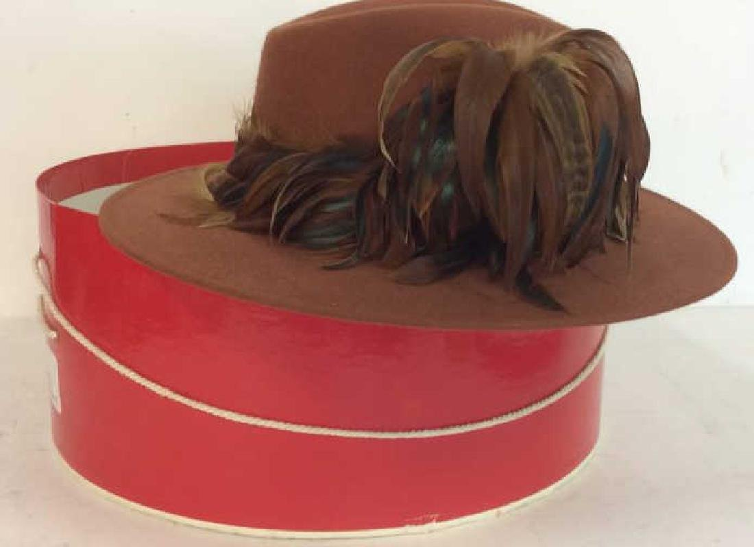 Ladies Vintage Felt Hat w Feathers and Box