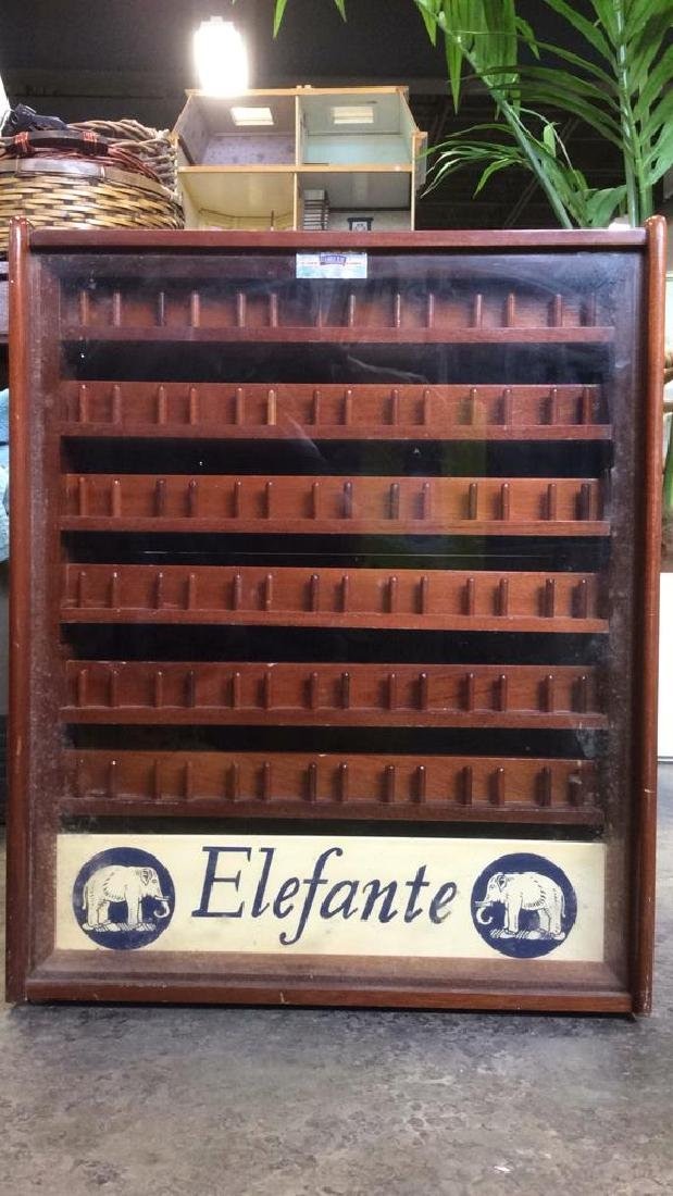 LOS JABILLOS ELEFANTE Collectors Cabinet Thread Display