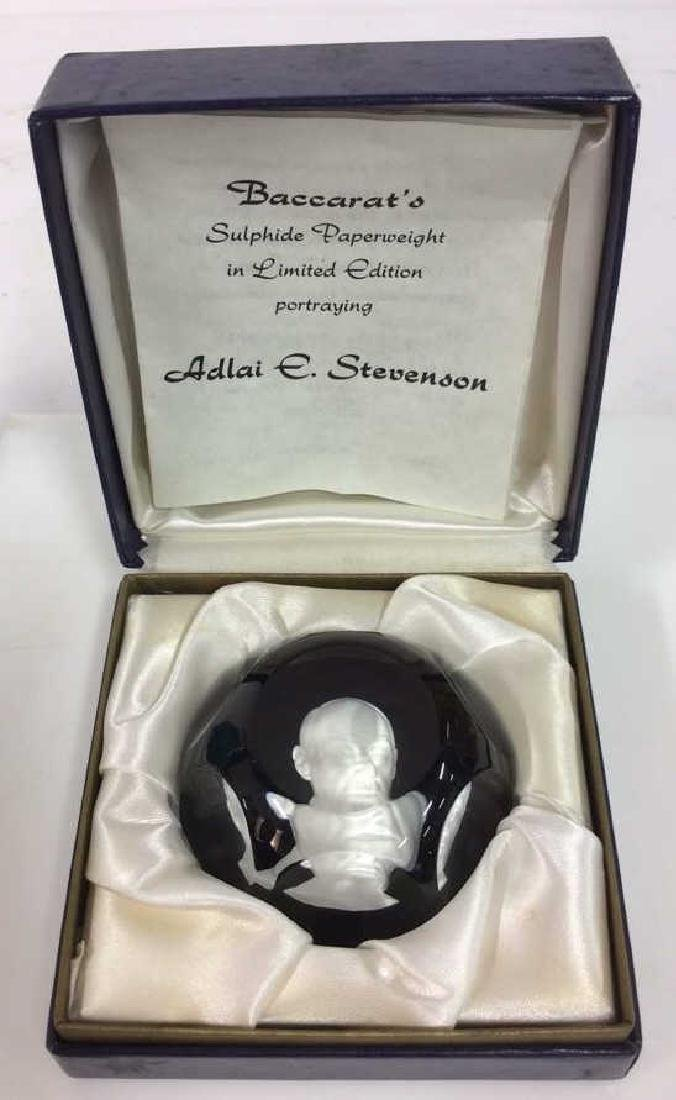 BACCARAT Cameo Portrait Sulphide Paperweight