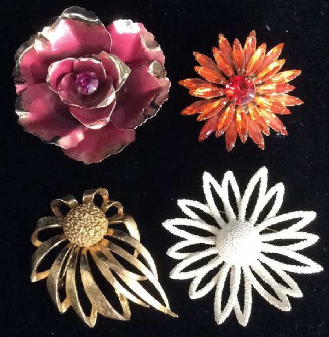Lot4 Vintage Designer Costume Jewelry Pins
