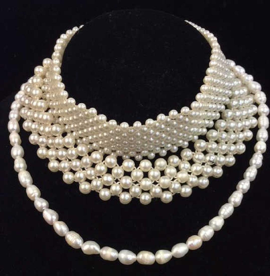 Lot 3 Faux Pearl Beaded Necklaces