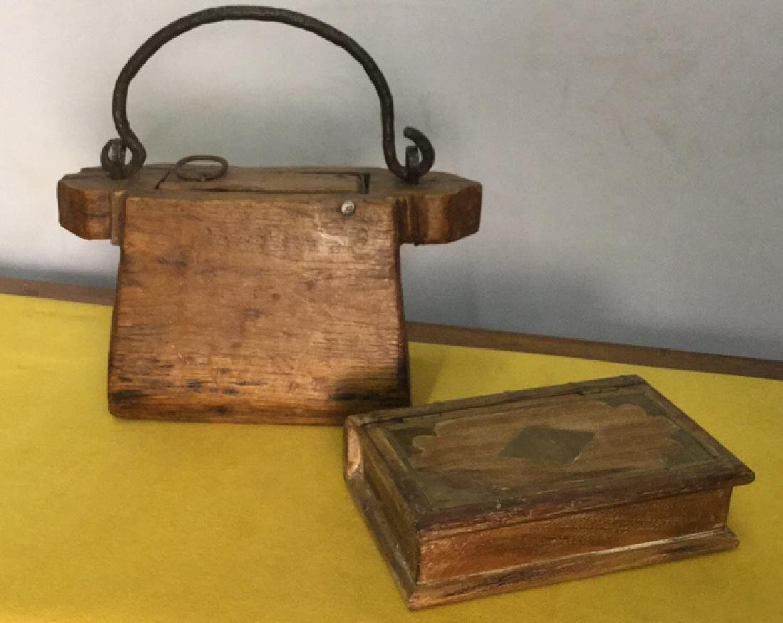 Lot 2 Wood Crafted Decorative Tabletop Accessories