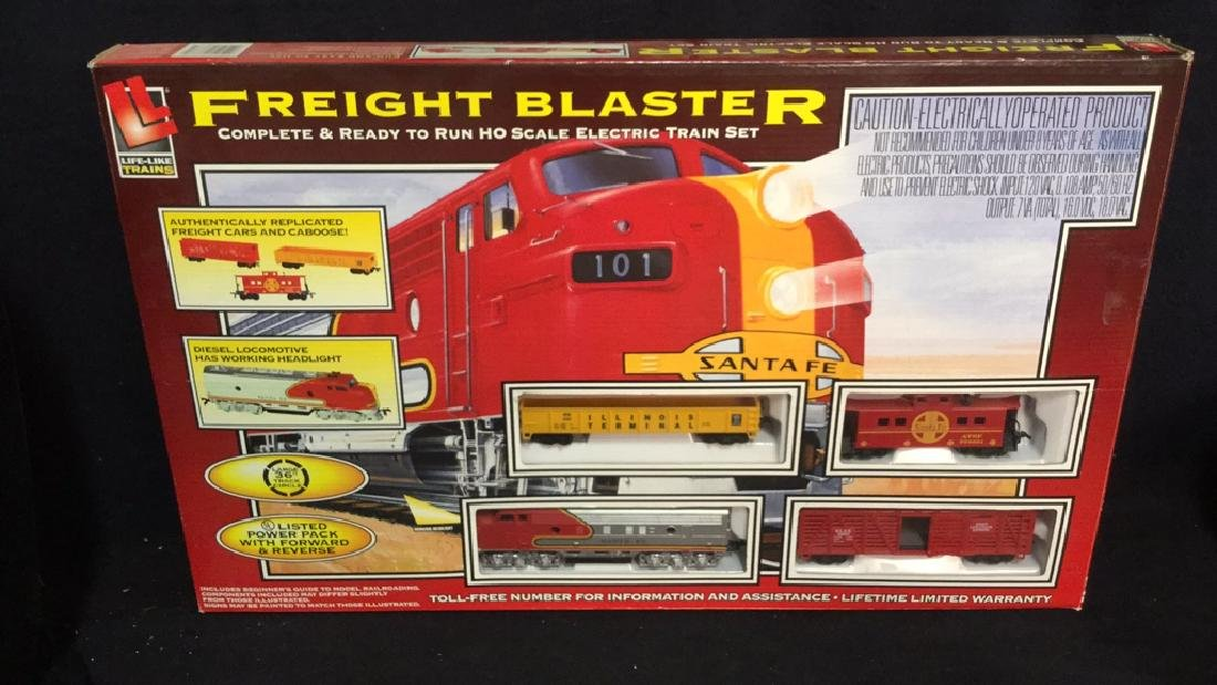 Life Like Trains Freight Blaster Train Set
