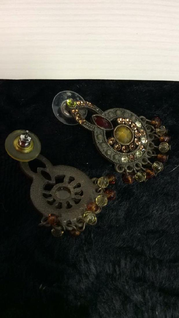 Lot 3 Assorted Costume Jewelry - 6