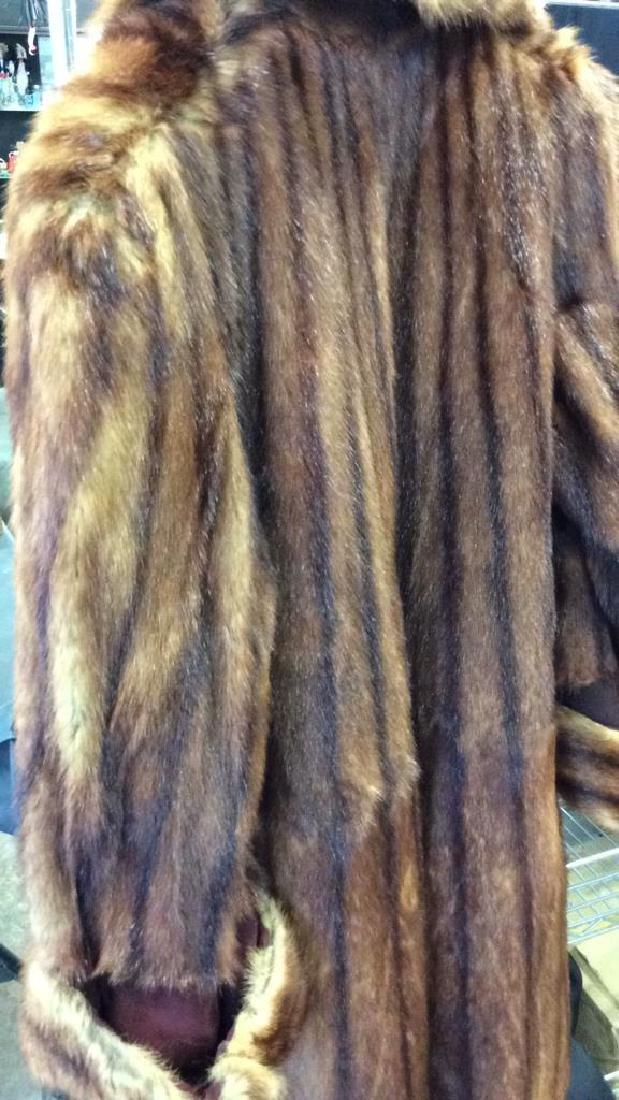 Ladies Vintage Fur Coat - 6