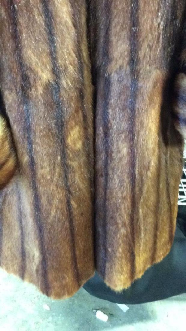 Ladies Vintage Fur Coat - 7