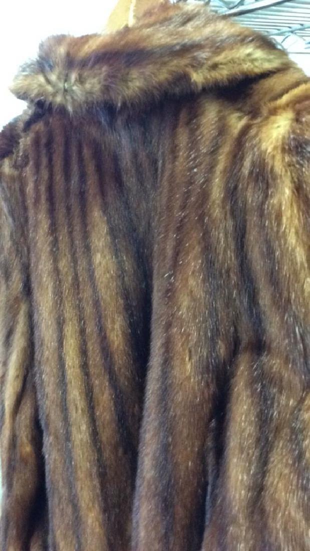 Ladies Vintage Fur Coat - 8