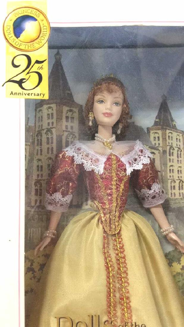 Lot 5 Collectible Dolls of the World Barbies - 10