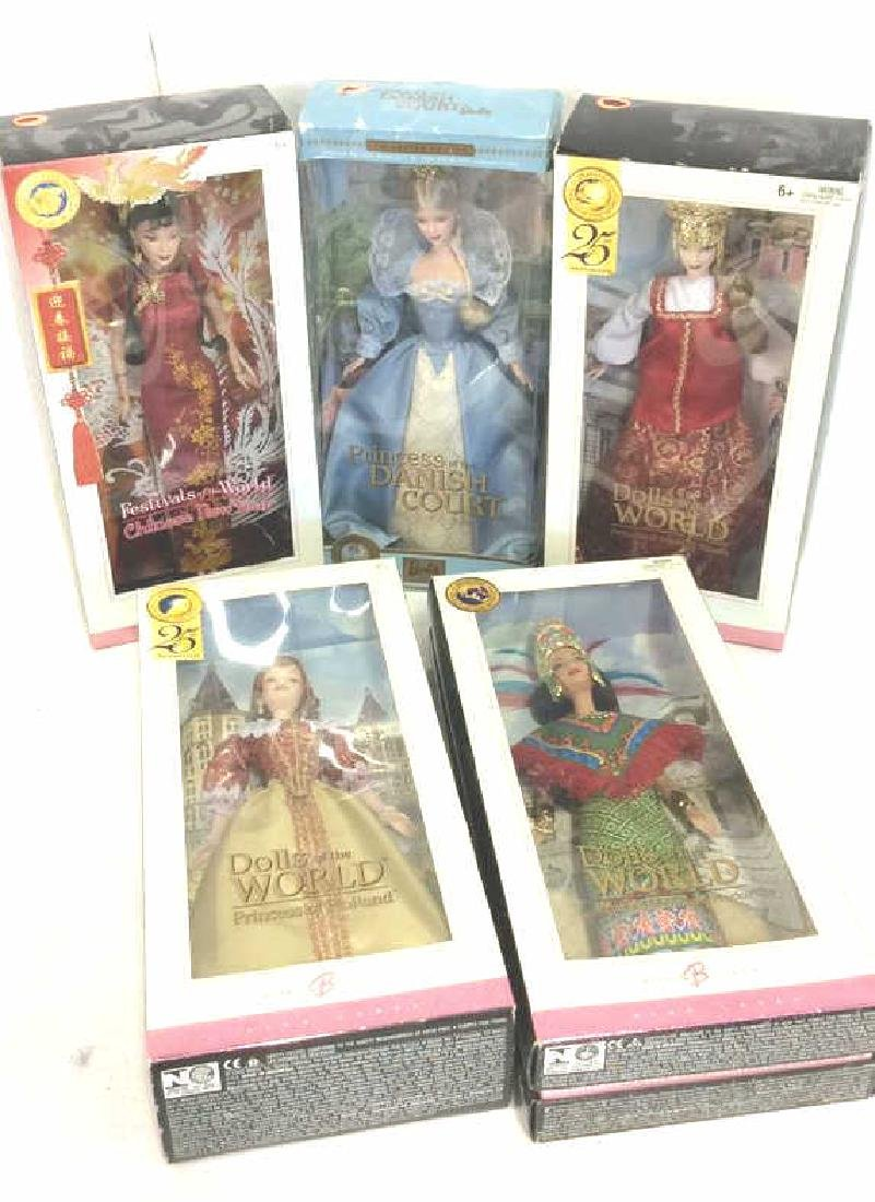 Lot 5 Collectible Dolls of the World Barbies
