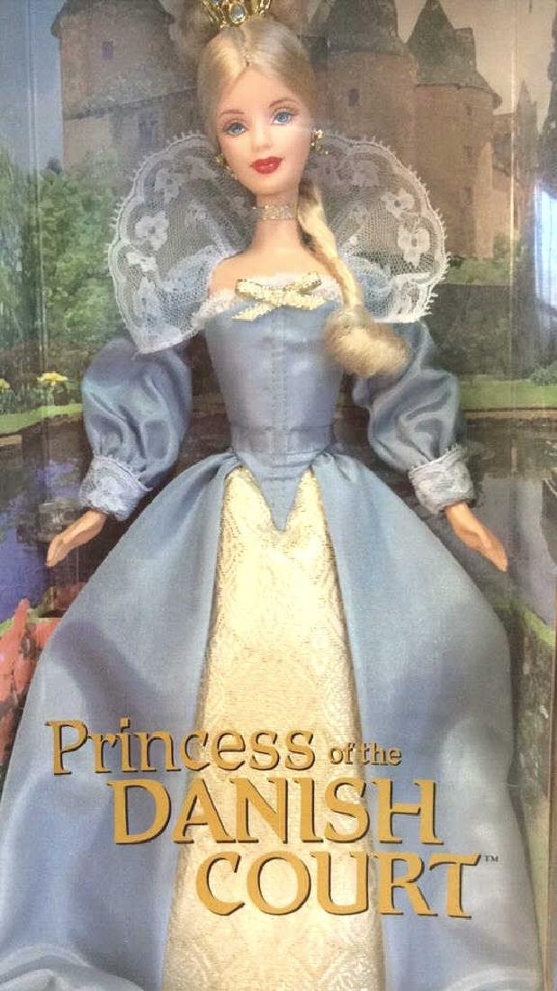 Lot 5 Collectible Dolls of the World Barbies - 5