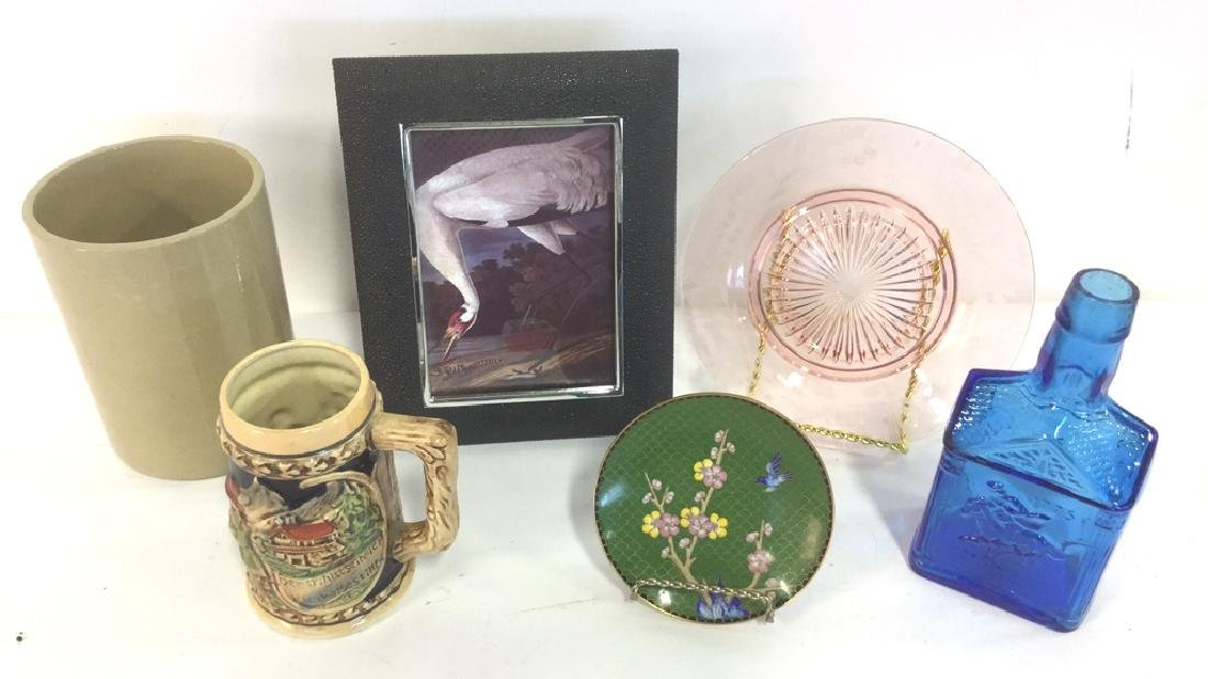 Lot 6 Mixed Tabletop Accessories