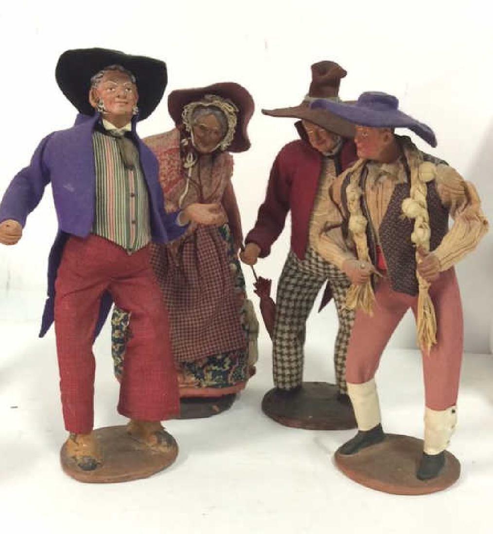 Lot 4 JOUGLAS DEPOSE Standing Clay Dolls