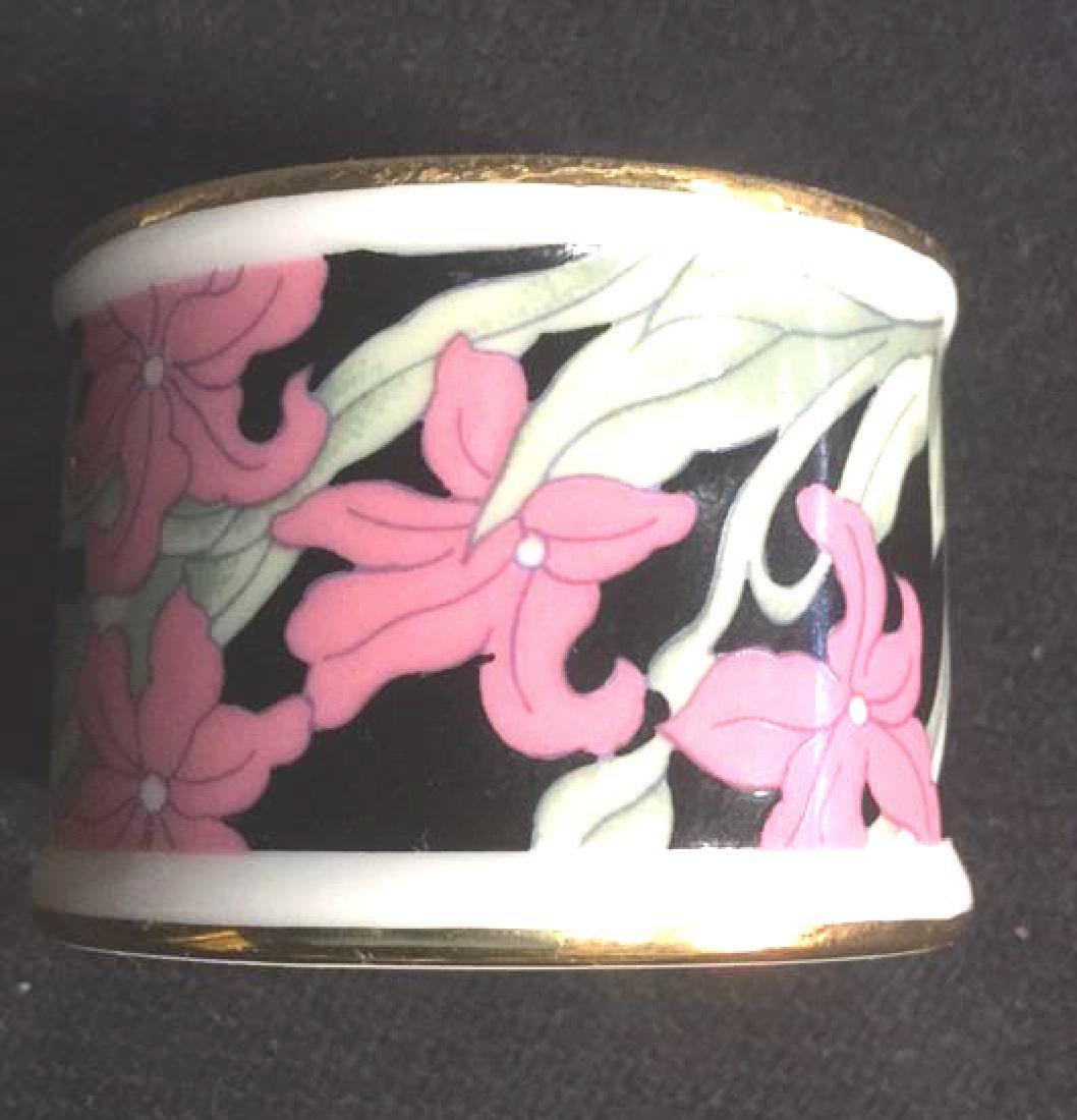 Lot 8 Porcelain Ceramic Floral Napkin Rings - 3