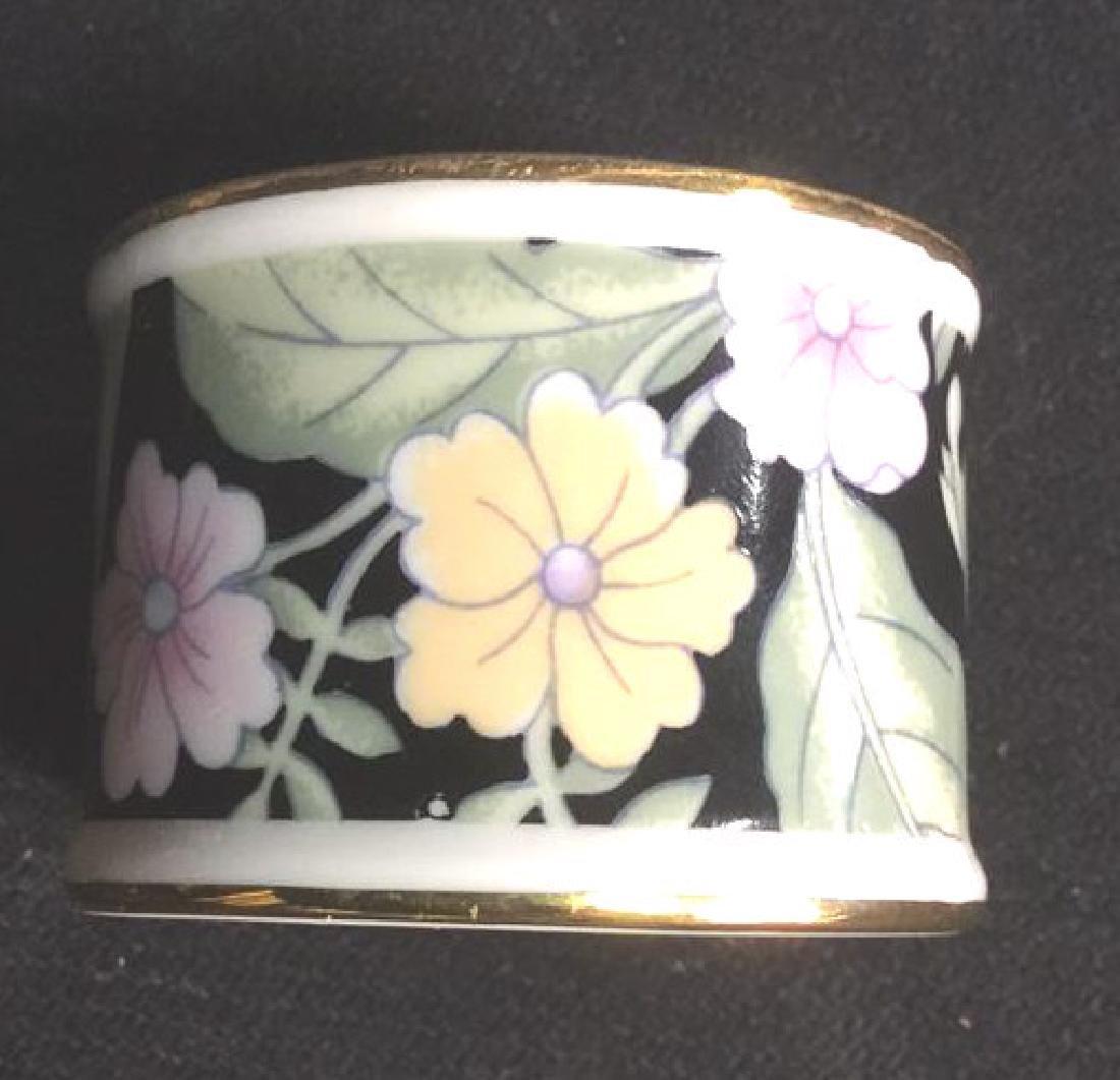 Lot 8 Porcelain Ceramic Floral Napkin Rings - 4