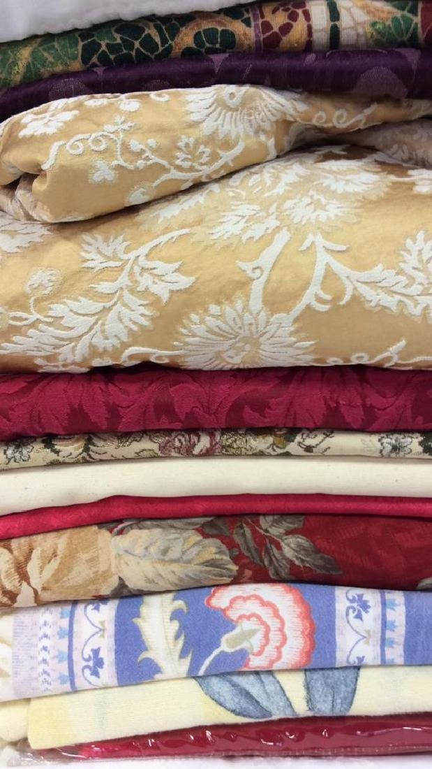 Group Lot Assorted Vintage and Modern Linens - 2