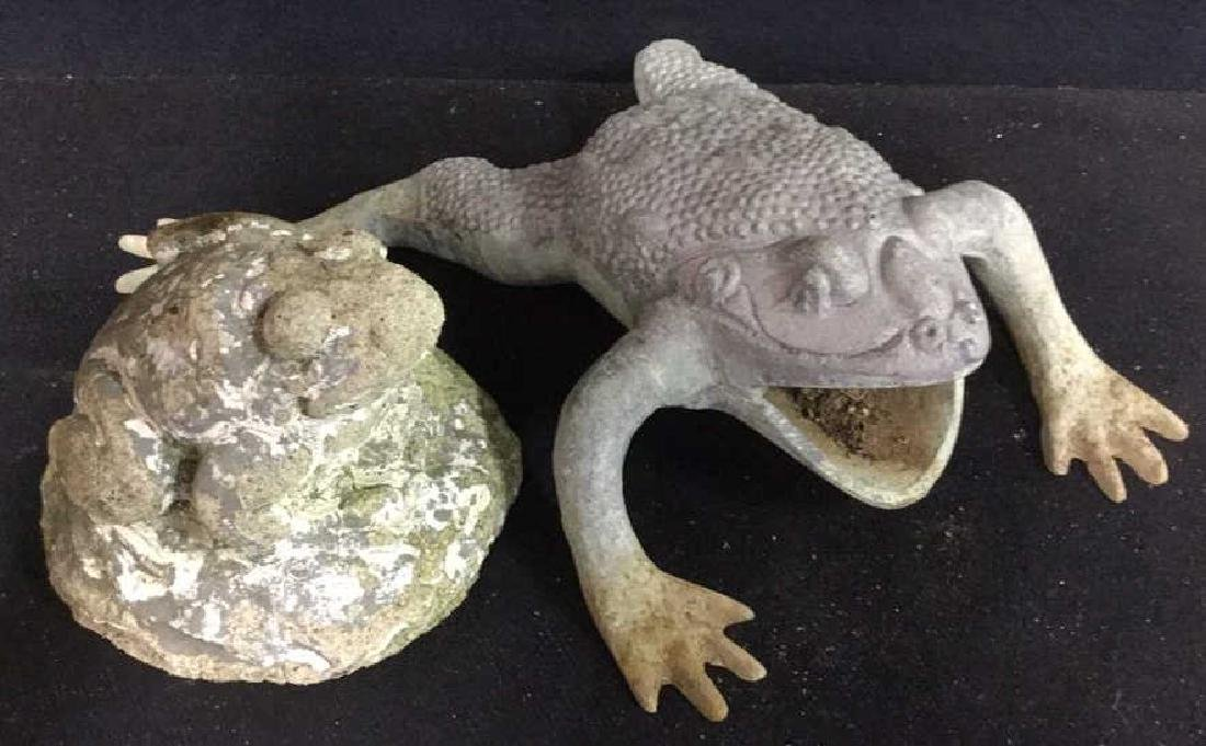 Pair Frog Figural Garden Statues