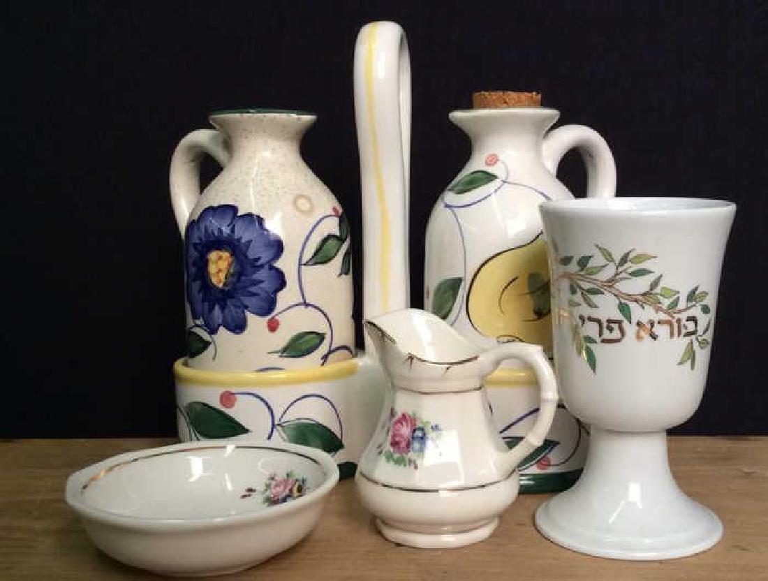Lot 6 Assorted Porcelain Ceramics