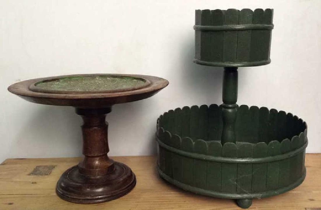 Lot 2 Wooden Cake Display Stands