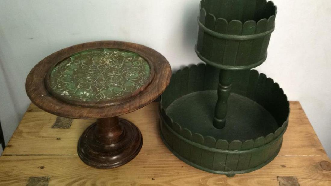 Lot 2 Wooden Cake Display Stands - 2