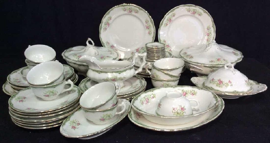 94 Pcs Vintage Porcelain Dinner Service Place Settings