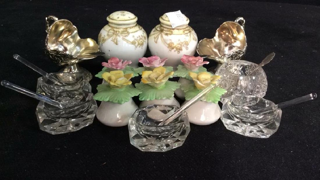 Collection Salt Cellars shakers and more - 2